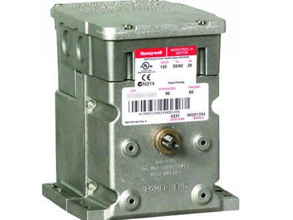 manometro-differenziale-digitale-di-pressione-mirandola